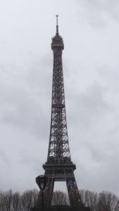 EiffelSymmetricCrop